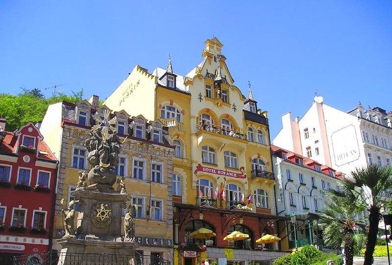 karlovy vary big and beautiful singles By offering to its guests a wide choice of above-standard services in the first  class superior category, in a quite fresh and untypical form for karlovy vary.